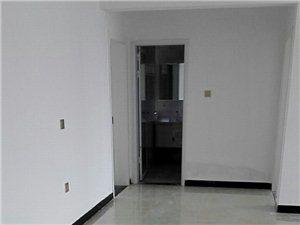 龙凤盛世名城3室1厅1卫1100元/月
