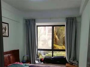 市一小学区房京博雅居2室2厅送十多万红木家具