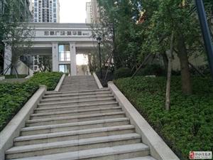 宏帆广场公园邸3室2厅2卫15000元/月