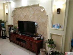 御园洋房精装4室2厅2卫带地下室180万证件在手!