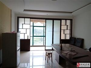 桐城人家3室2厅1卫72万元