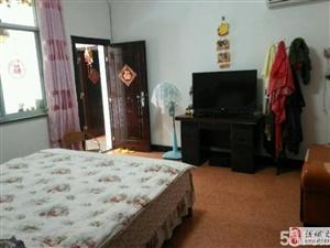 莲塘小学附近6室2厅3卫79.8万元