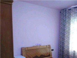 龙泽居3室2厅2卫3000元/月