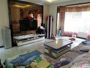 嘉铭悦城4楼3套2豪华装修家具家电齐全2800元