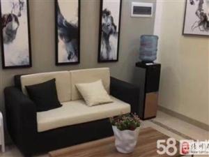佳华小区全新三房出租1500可配家具家电齐全