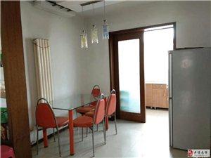 振业里4楼115平两室通厅中装干净1700元月