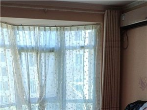 绿苑小区小区3室2厅2卫980元/月