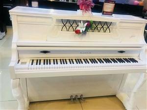 出售赛乐尔牌(白色钢琴)