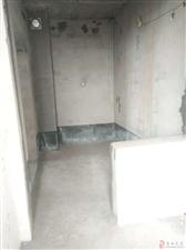 领秀边城清水电梯2室2厅1卫28万元有证!
