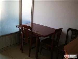 莱阳东山小区精装96平租1300元/月