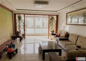 龙门佳苑精装2楼135平三居双卫设计带车库带小房