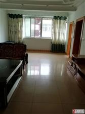 城西三峡银行精装四房两厅150平米喊价67.8万急售