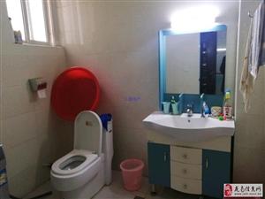 龙城·亲水湾3室2厅2卫2200元/月