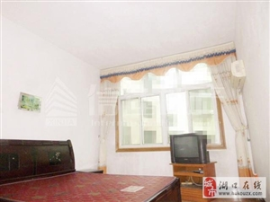 土管小区3室2厅2卫1200元/月