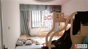 山水龙城精装三室黄金楼层房子保养很好拎包入