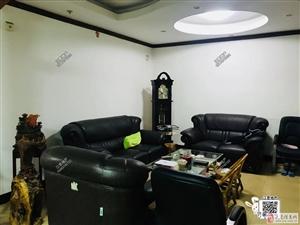 金水大道带店面+后院栋房出售,共660平售203万