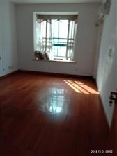 保集半岛3室2厅2卫南向住家装修210万元