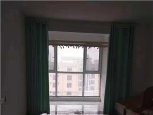 中央广场2室2厅1卫1200元/月