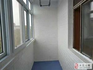 华隆小区2室1厅1卫700元/月