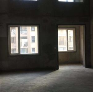 4室2厅2卫220万元