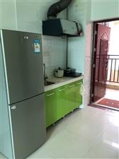 清庭小区1室0厅1卫800元/月冰箱