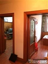 出售重型小区3室1厅1卫带独立小房40万元