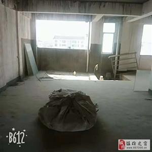 青岗林廉租房127平,全新毛坯!