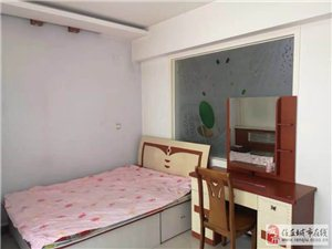 跃层复试带车库 五个卧室超大空间8000/平可贷款