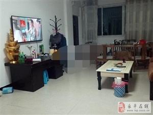 �富新街2�蔷��b2室2�d2�l1000元/月