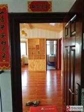 桃花园小区3室2厅2卫84万元