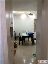 阳光龙苑精装电梯房赠家具2室2厅1卫58.8万元