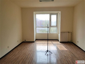 朝晖里3楼精装两室南北通厅位置好