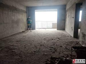 王家坝电梯3室2厅2卫54万元