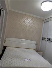 长江国际2室2厅1卫1300元/月