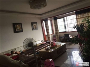 松桃世昌广场电梯精装3室2厅2卫1900元/月