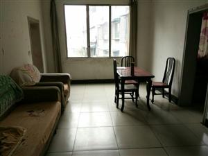 15万买东门口装修两室,有小区有物管!