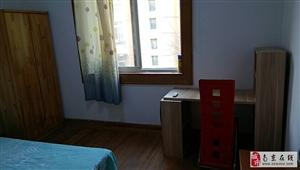 3室0厅1卫950元/月