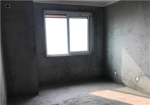 明珠花苑3室2厅2卫83万元毛坯房