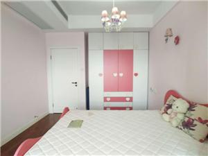 天际上城·双子灯塔(滨江路)3室2厅1卫1500元/月