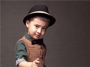 威尼斯人线上平台格林童趣专业儿童摄影亲子全家福多少钱