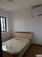 五源河公寓3室2厅2卫3500元/月