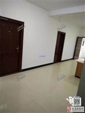 龙鑫花园3室1厅1卫1500元/月