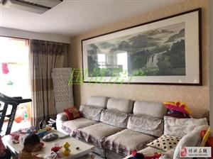 上东城多层三楼135�O+车库储藏室,惊爆价!