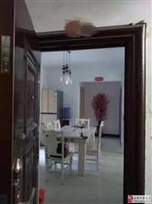 南海公寓3室2厅1卫14000元/年