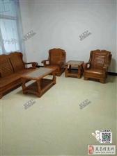 新装修)龙鑫花园3室1厅1卫1500元/月