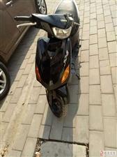 现有一辆雅马哈踏板摩托车出售