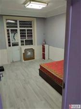 华隆2室1厅1卫700元/月