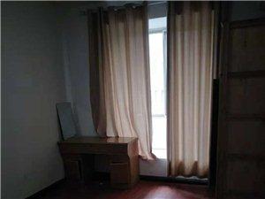 松桃世昌广场步梯3室2厅2卫1333元/月