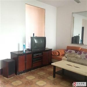 中心院家属院85平3室800元/月水电暖