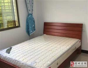群英公寓3室2厅2卫1600元/月